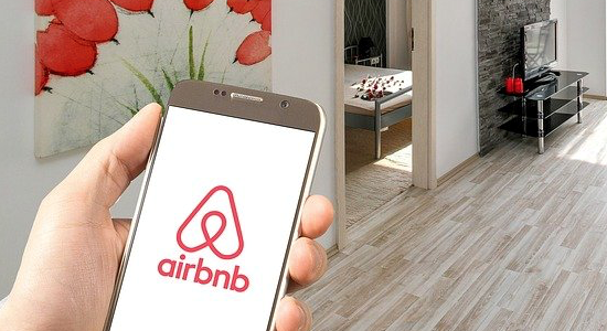 Image for the blog post Landlords should realise that HMRC will know about their lettings through Airbnb